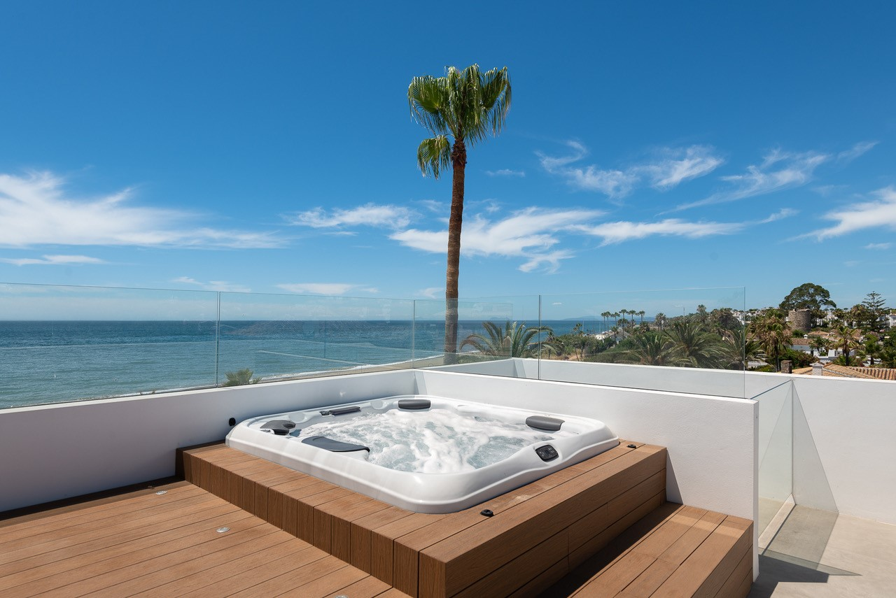Roof Jacuzzi